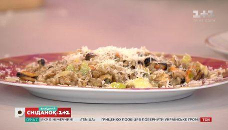 Орзотто с мидиями и салат с картофелем и копчеными ребрами - 15 за 150