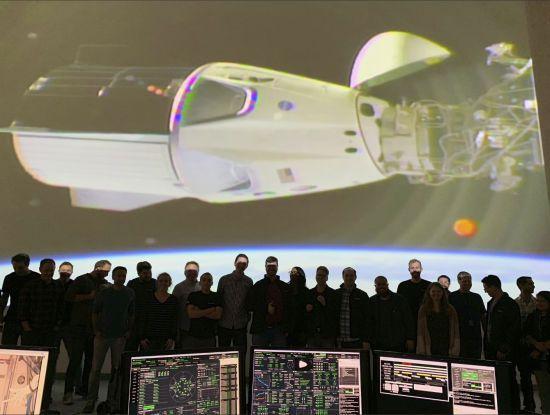 Космічний корабель Crew Dragon здійснив стикування з МКС
