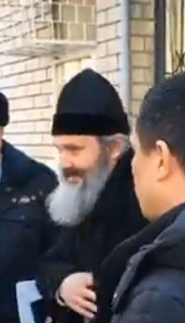 Оккупанты Крыма полдня водили по райотделах и в конце концов отпустили архиепископа Климента