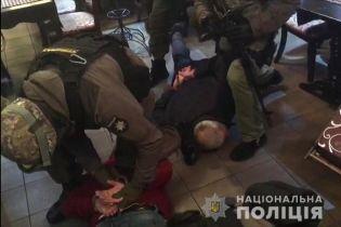 """В ресторане Киева правоохранители накрыли """"сходку"""" криминальных авторитетов"""