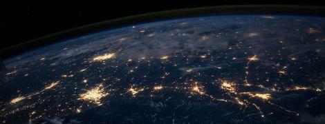 Космічні загрози. Штучний інтелект знайшов десяток небезпечних для Землі астероїдів, проґавлених ученими