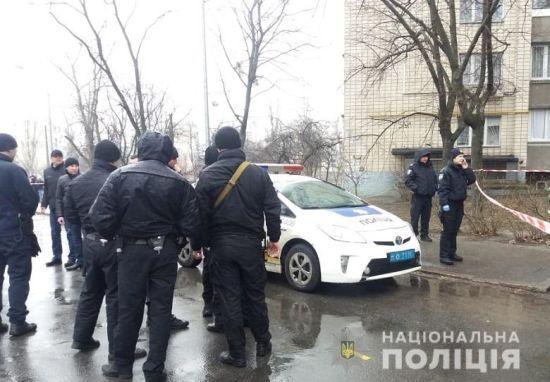 Поліція біля цвинтаря затримала трьох підозрюваних у гучному вбивстві ювеліра Кисельова