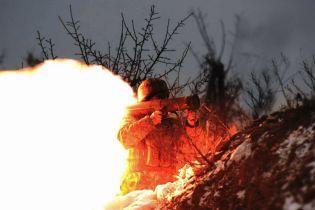 """Украинские военные уничтожили позицию боевиков """"Прыщ"""" на Светлодарской дуге. Волонтер обнародовал видео"""
