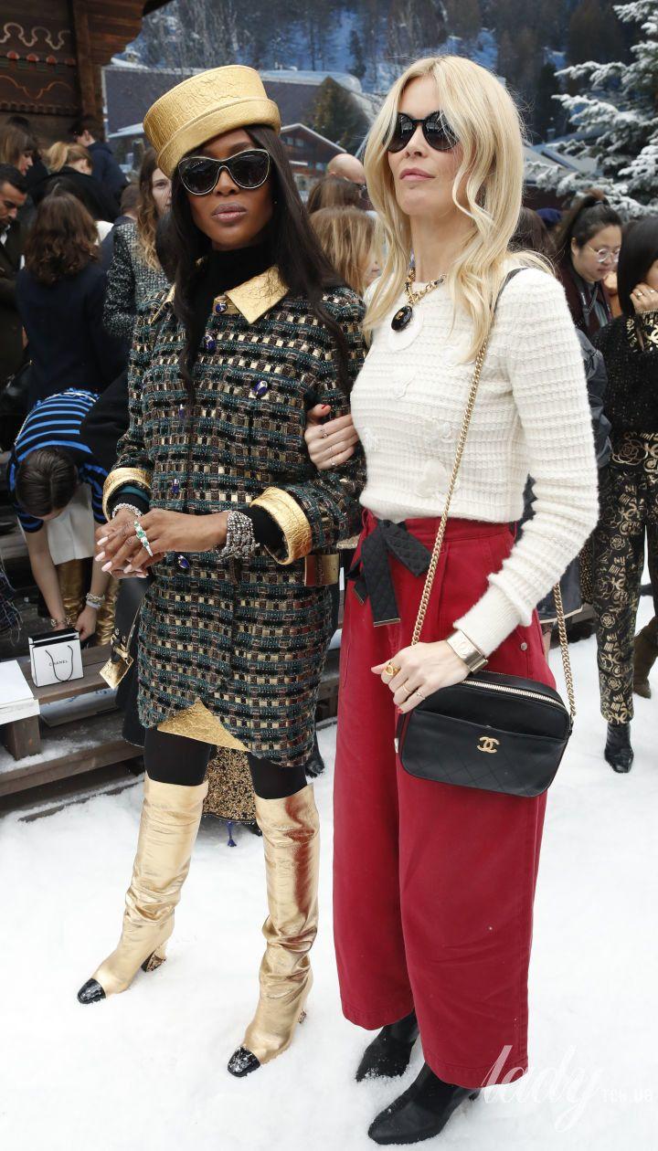 Наоми Кэмпбелл и Клаудия Шиффер на показе Chanel