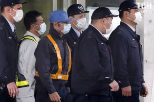 Одиозный экс-глава Renault-Nissan Гон покинул токийскую тюрьму