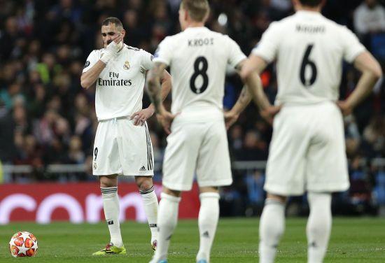 """Фанати """"Боруссії"""" влаштували грандіозний перфоманс, а """"Реал"""" затролили через Роналду. Найцікавіше в Лізі чемпіонів"""