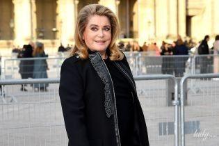 Как всегда, изящна: Катрин Денев посетила показ Louis Vuitton в Париже