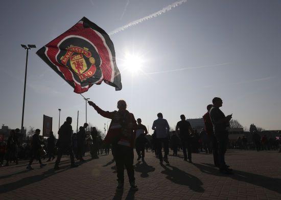 """Більше галасу. """"Манчестер Юнайтед"""" зробить на стадіоні трибуни для атмосфери"""