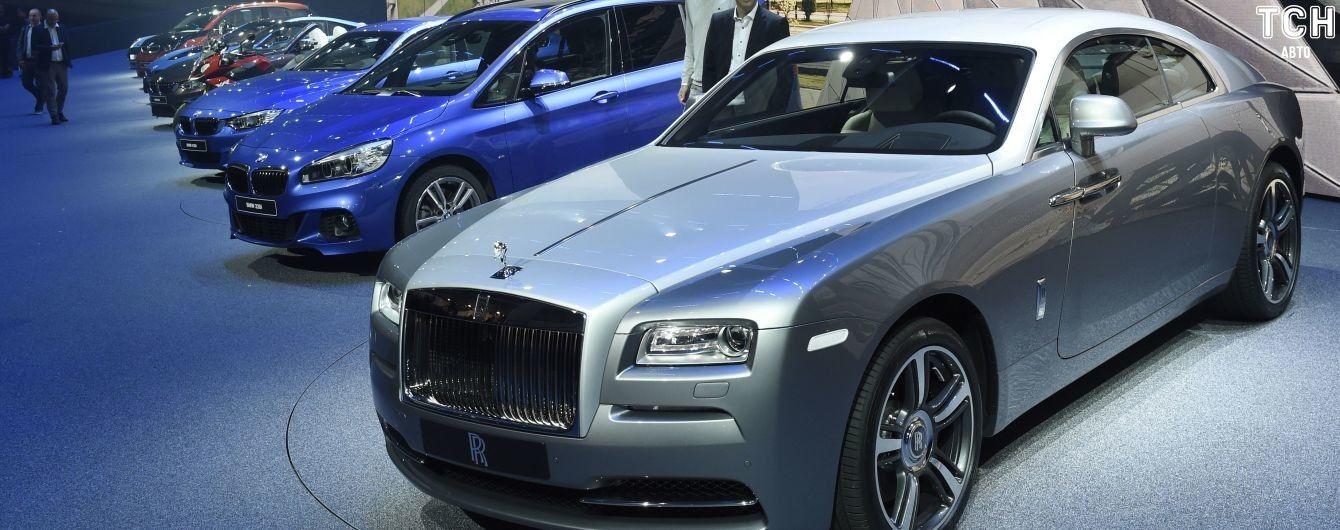 Rolls-Royce, Bentley и Porsche. Какие люксовые авто купили в Украине в салонах от начала 2019 года