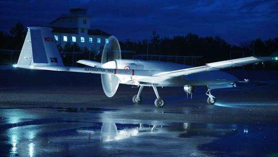 ЗСУ випробуютьтурецький ударний безпілотний комплекс – Порошенко