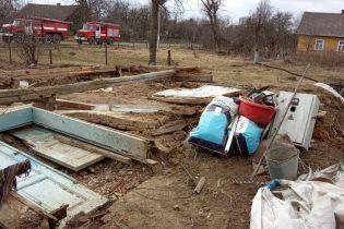 На Львівщині обвалилася стіна нежитлової будівлі, є жертви