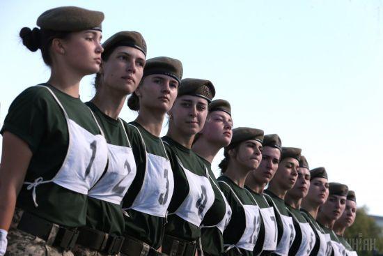 Дівчата зможуть навчатися у військових ліцеях України - Міноборони