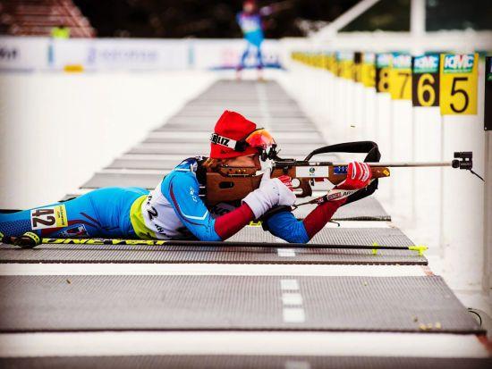Російську біатлоністку дискваліфікували через пропуск допінг-тестів