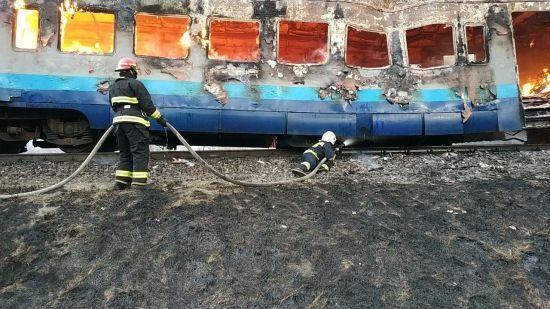 Вижити в охопленому вогнем потягу: експерт розкрив правила порятунку в пожежі на залізниці