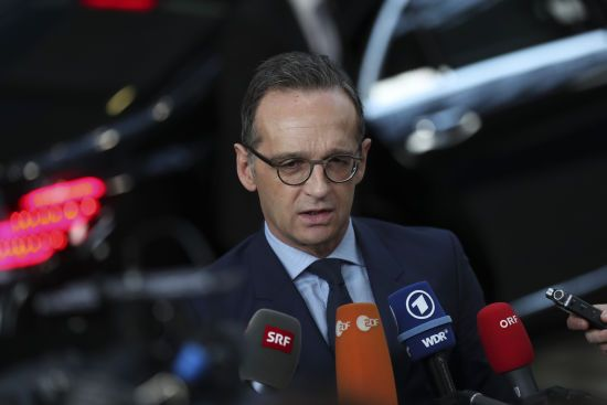 """""""Рішення погіршує ситуацію"""". У МЗС Німеччини відреагували на вислання посла з Венесуели"""