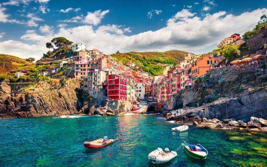 """В Італії туристів будуть штрафувати за прогулянки у """"фліп-флоп"""""""