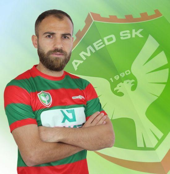 Турецького футболіста, який порізав суперників лезом, пожиттєво дискваліфікували