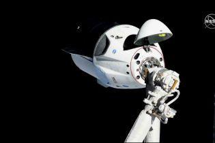 Космический корабль Маска Crew Dragon успешно отстыковался от МКС