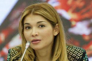 """Дочь экс-президента Узбекистана вывезли из колонии на """"скорой помощи"""" – адвокат"""