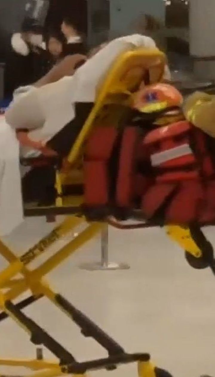 Літак, який виконував рейс Стамбул-Нью-Йорк, потрапив у сильну турбулентність