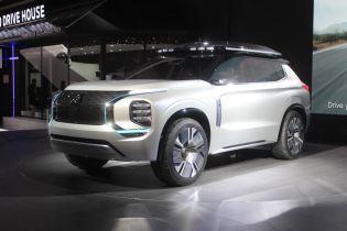 Mitsubishi представила гибрид, который заменит Outlander
