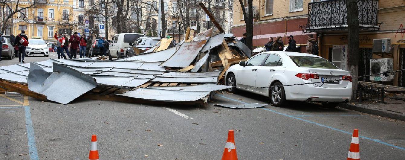 Ураган в Украине: стихия унесла минимум три человеческих жизни и уничтожила сотни крыш