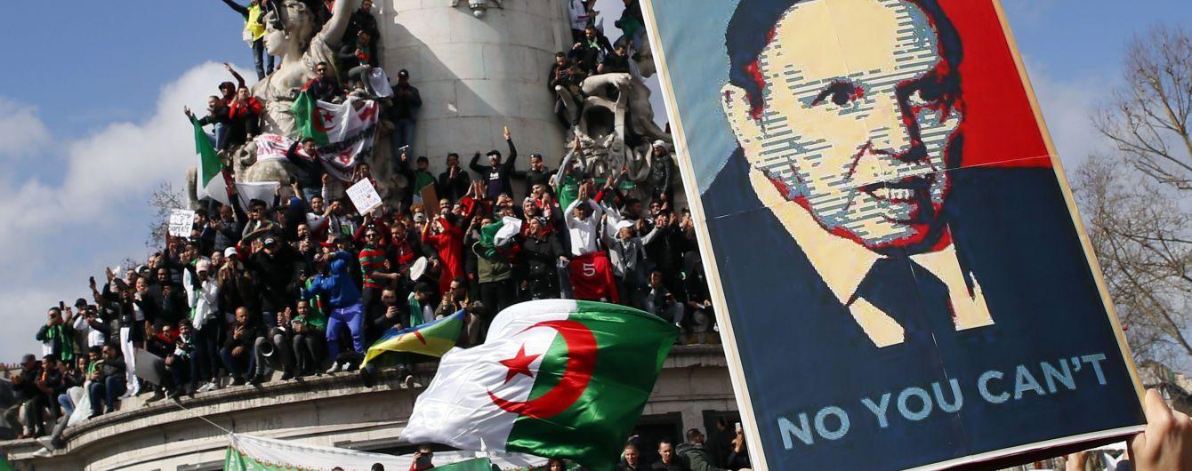 В Алжире назначили временного президента