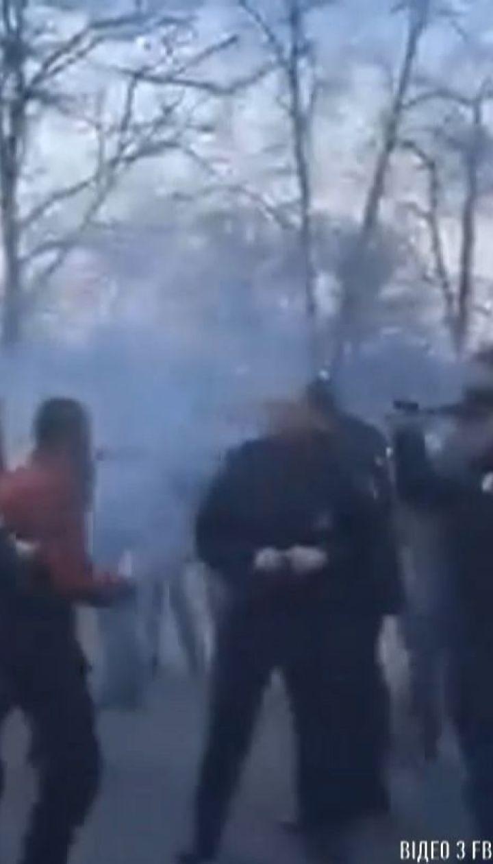 Непокору поліції та хуліганство закидають двом представникам Нацкорпусу