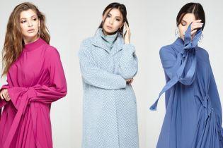 Брючные костюмы и свободные платья в весенней коллекции украинского бренда