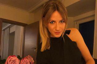 Леся Нікітюк похизувалася стрункими ніжками на борту яхти