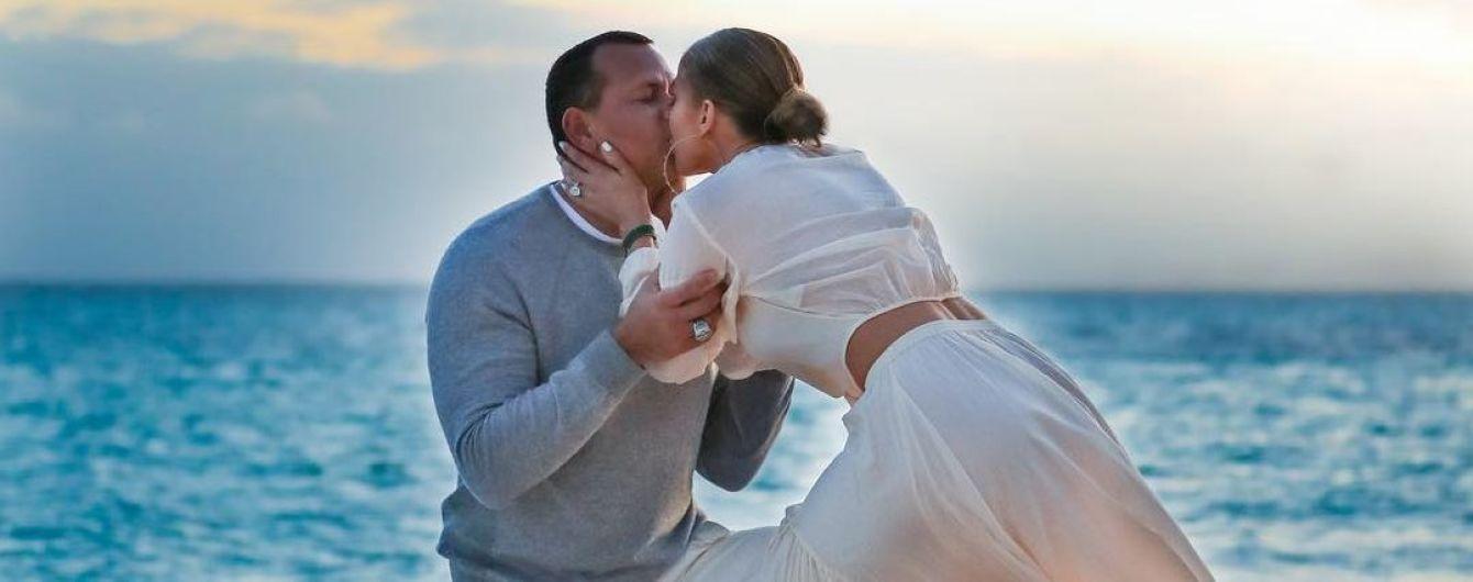 Неймовірно романтично: Дженніфер Лопес показала, як Родрігес освідчувався їй