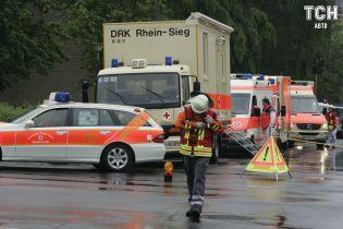 В Германии оштрафовали на 23 тысячи евро не пропустивших скорую водителей