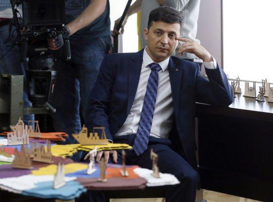 У Зеленського відповіли на п'ять запитань голови Меджлісу про окуповані Крим і Донбас