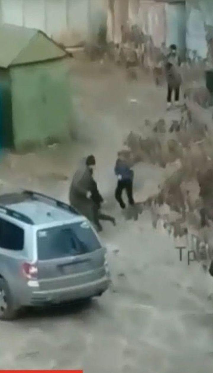 В Харькове пятеро подростков избили нетрезвого мужчину