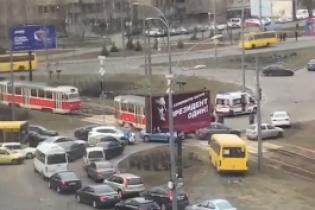 В Киеве водитель спровоцировал аварию