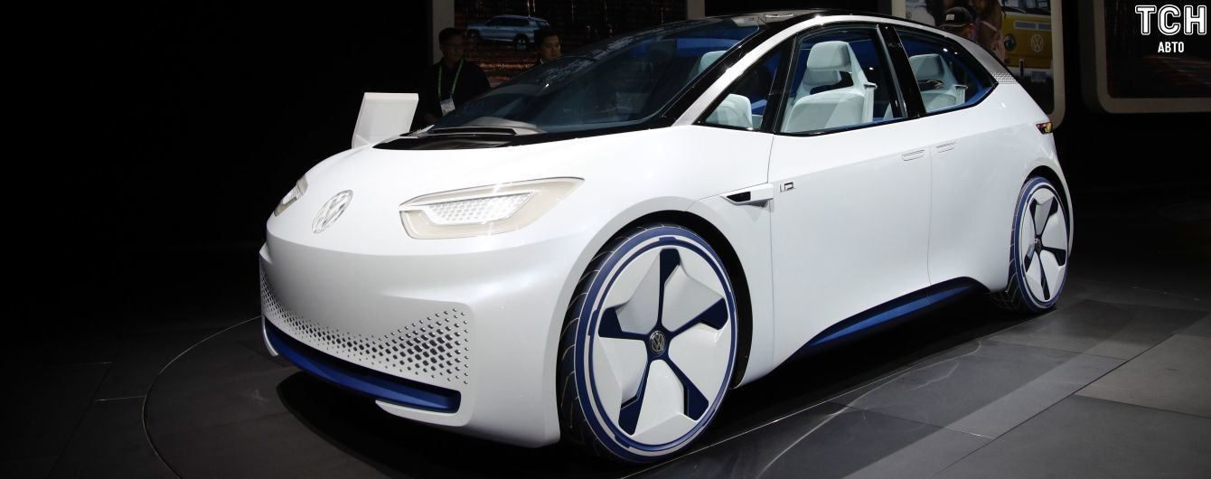 Volkswagen анонсировал предпродажи электрохэтчбека ID