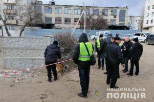 На Луганщине обнаружили труп новорожденного мальчика в коробке из-под обуви