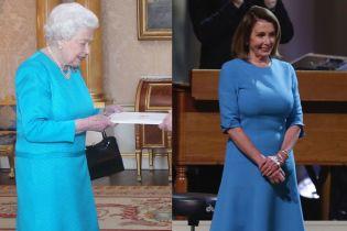Битва голубых платьев: 92-летняя королева Елизавета II vs 78-летняя Нэнси Пелоси