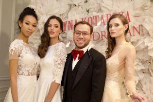 Это красиво: Андре Тан презентовал свою первую коллекцию свадебных платьев