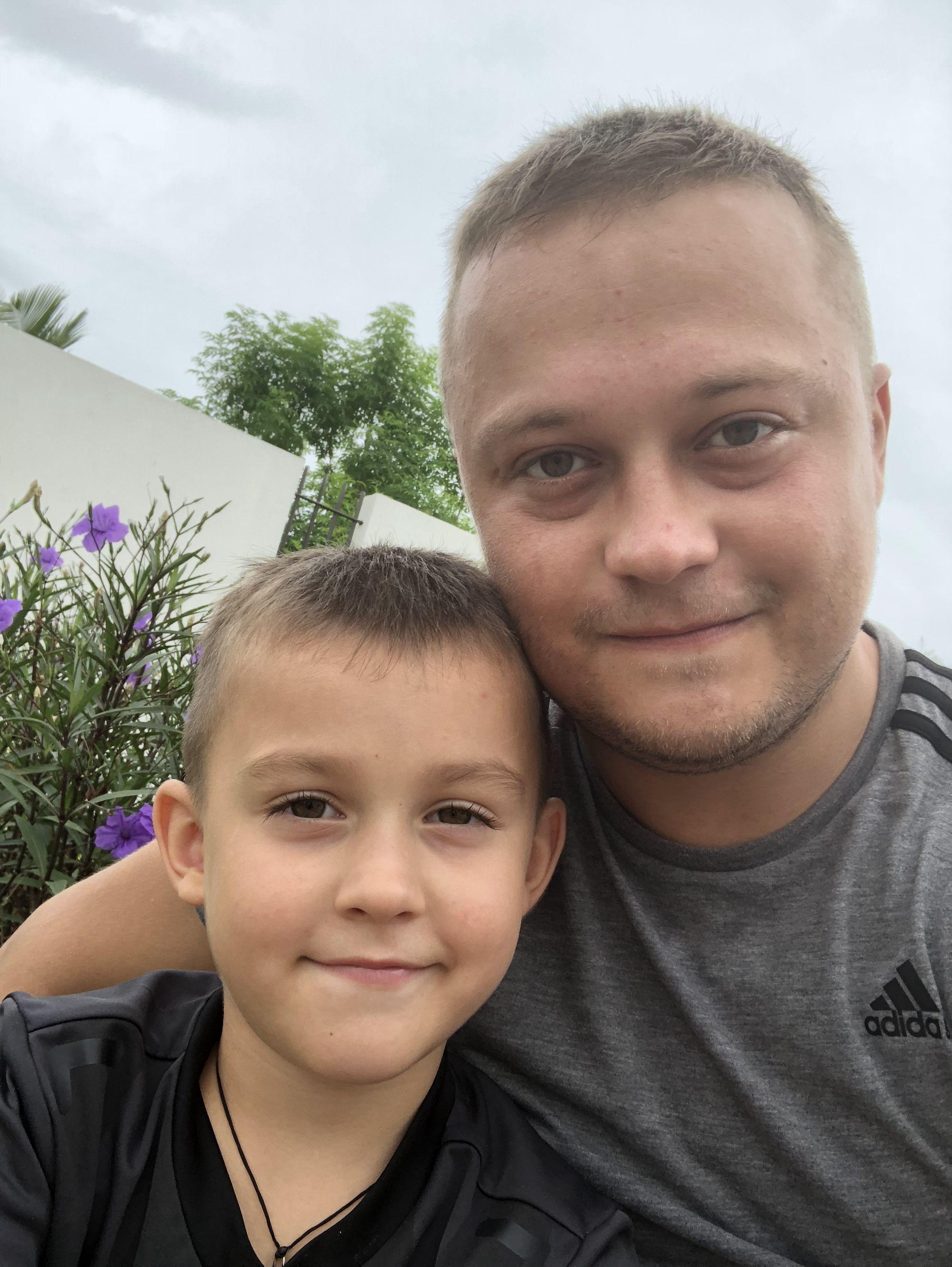Український школяр допомагає дітям Африки_реклама