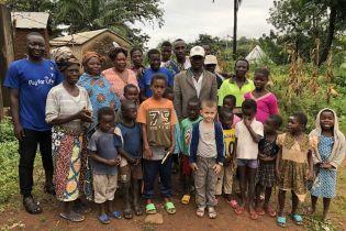 Український школяр допомагає дітям одного з найбідніших регіонів Африки