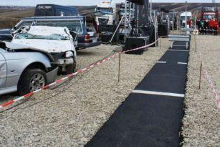 В Румынии бизнесмен построил однометрове шоссе в знак протеста