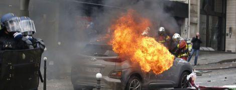 """Погроми на акції """"жовтих жилетів"""" обернулися відставкою начальника поліції Парижа"""