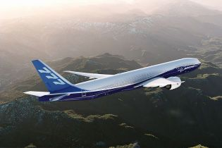Boeing представив найдовший в історії пасажирський літак - ЗМІ