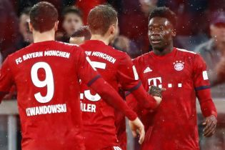 """""""Бавария"""" реабилитировалась перед болельщиками из-за вылета с Лиги чемпионов, забив шесть мячей в Бундеслиге"""