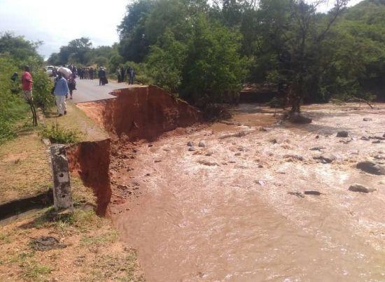 Потужний циклон у Зімбабве забрав життя вже 65 осіб