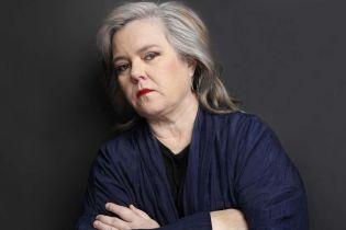 Відома американська телеведуча і письменниця зізналася у сексуальному насильстві з боку батька