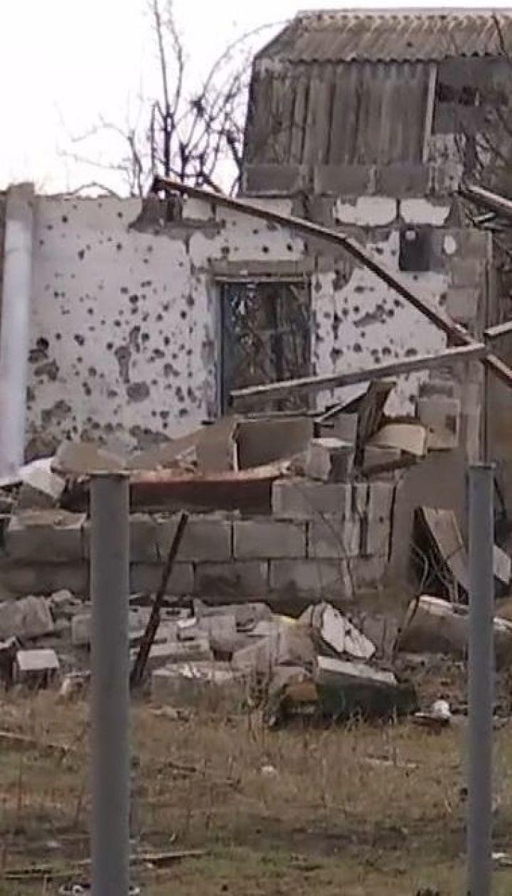 Село Водяное фактически разрушено из-за постоянных обстрелов