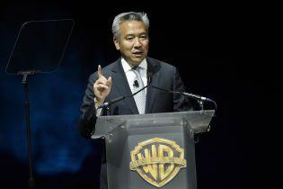 Глава Warner Bros ушел с поста после сексуального скандала