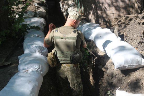 Терористи сім разів обстріляли позиції бійців ООС